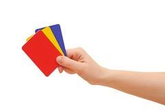 Mano della donna con le carte di credito Immagine Stock