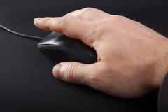 Mano e mouse immagine stock libera da diritti
