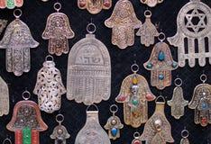 Mano a forma di degli amuleti della palma di Fatima Fotografie Stock Libere da Diritti