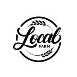 Mano locale dell'azienda agricola scritta segnando logo con lettere, etichetta, distintivo con l'orecchio di grano royalty illustrazione gratis