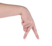 Mano masculina que muestra los dedos que recorren Imagen de archivo
