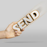mano que celebra el ENVÍO Imagen de archivo libre de regalías