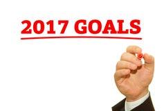 Mano que escribe 2017 metas Imagen de archivo libre de regalías