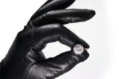 Mano y anillo Imagen de archivo libre de regalías