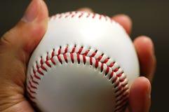 Mano y béisbol Imágenes de archivo libres de regalías