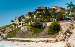 Manoir sur la plage dans Cabo San Lucas Photographie stock libre de droits