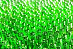 Manojo de botellas de cristal verdes Imagen de archivo libre de regalías