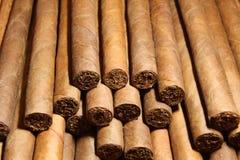 Manojo de cigarros cubanos Imagenes de archivo