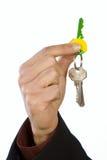 Manojo de claves a disposición. Imágenes de archivo libres de regalías