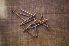 Manojo de clavos oxidados Imagen de archivo