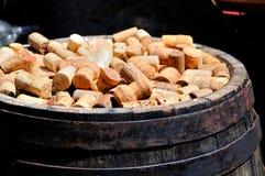 Manojo de corchos del vino Foto de archivo libre de regalías