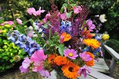 Manojo de flores Fotos de archivo libres de regalías