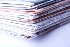 Manojo de periódicos Foto de archivo libre de regalías