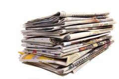 Manojo de periódicos holandeses fotografía de archivo