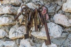 Manojo de viejas llaves Foto de archivo