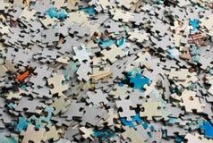 Manojo sin resolver de rompecabezas Fotografía de archivo