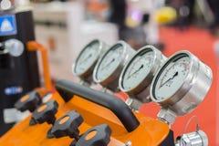 Manometer mit zwei Drucken Lizenzfreies Stockfoto