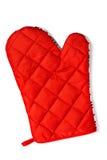 Manopla de protección contra el calor roja acolchada aislada Fotos de archivo libres de regalías
