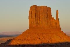 Manopla en la puesta del sol Foto de archivo libre de regalías