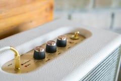 Manopola del controllo del volume dell'amplificatore ad alta fedeltà Fotografia Stock Libera da Diritti