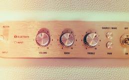 Manopola del controllo del volume dell'amplificatore ad alta fedeltà (Proc filtrato di immagine Fotografia Stock