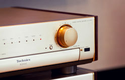 Manopola stereo d'annata del volume dell'amplificatore audio Immagine Stock Libera da Diritti