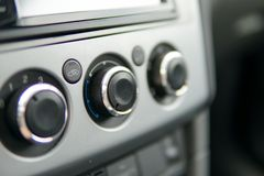 Manopole dell'interno dell'automobile fotografia stock libera da diritti
