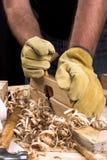 Manos del carpintero Fotos de archivo