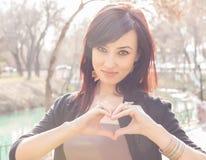 Manos del corazón Imagen de archivo