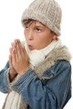 Manos frías del niño junto Fotos de archivo libres de regalías