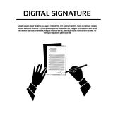 Manos negras de la firma del documento del hombre de negocios Imagen de archivo libre de regalías