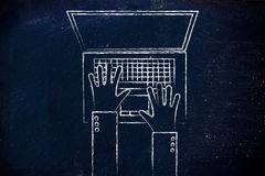 Manos que mecanografían en el teclado del ordenador portátil, ejemplo plano Imágenes de archivo libres de regalías
