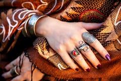 Manos tribales Imagenes de archivo