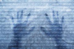 Manos y datos humanos de los números binarios Imagen de archivo libre de regalías