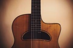 Manouche Guitar Details
