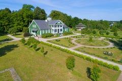 Manour dom P A Hannibal w Petrovskoe powietrznej ankiecie Pushkinskie Gor zdjęcia stock