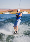 manpowell för 14 lake som wakeboarding arkivbild