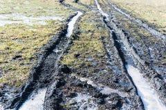 Manque rural de routes en hiver photographie stock