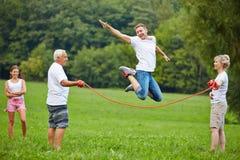 Manrep som hoppar over i natur Royaltyfria Bilder