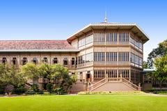 A mansão de Vimanmek fotografia de stock royalty free