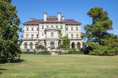 A mansão #2 dos disjuntores fotos de stock royalty free