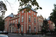 Mansão histórica no centro do Polônia de Varsóvia fotos de stock