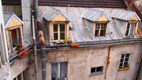 Mansarda Windows, Paryż Fotografia Stock