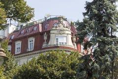 MansardFranska-stil byggnad från 20-tal Fotografering för Bildbyråer