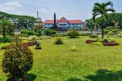 Mansión y un parque en Malang, Indonesia Foto de archivo libre de regalías