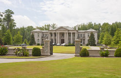 Mansion with Circular Drive Royalty Free Stock Photos
