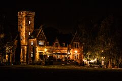 Mansion at night Royalty Free Stock Photography