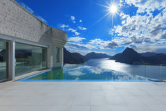 Mansion with pool Royalty Free Stock Image