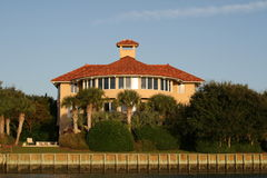 Mansion by the sea. This Italian style house overlooks the Intracoastal Waterway on Figure Eight Island, Wilmington, North Carolina Stock Image