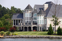 Mansion The Water - Smith Mountain Lake Royalty Free Stock Images